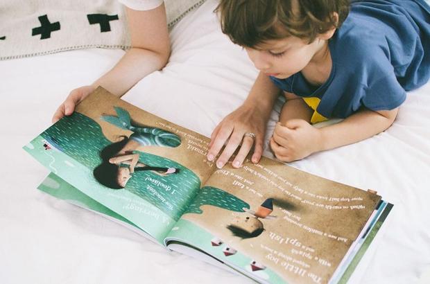 boy-reading2(c)LostMyName
